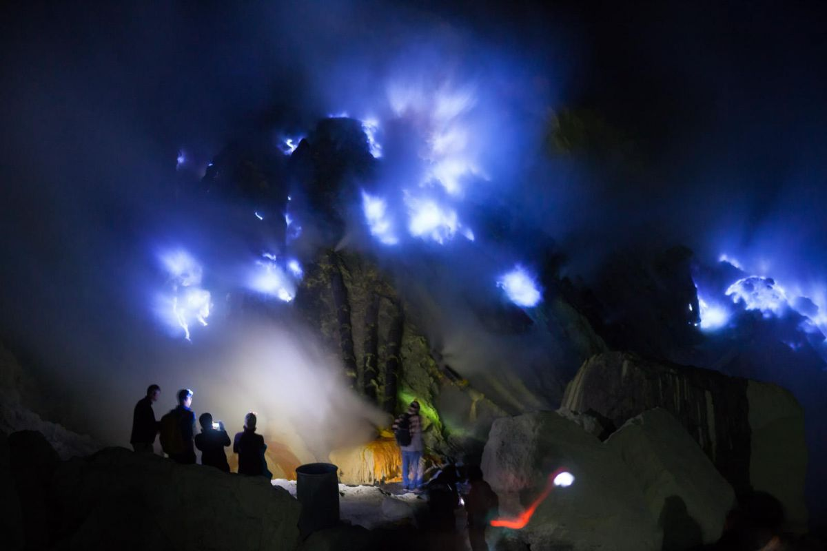 Bromo sunrise and Ijen Blue fire - Photo 3