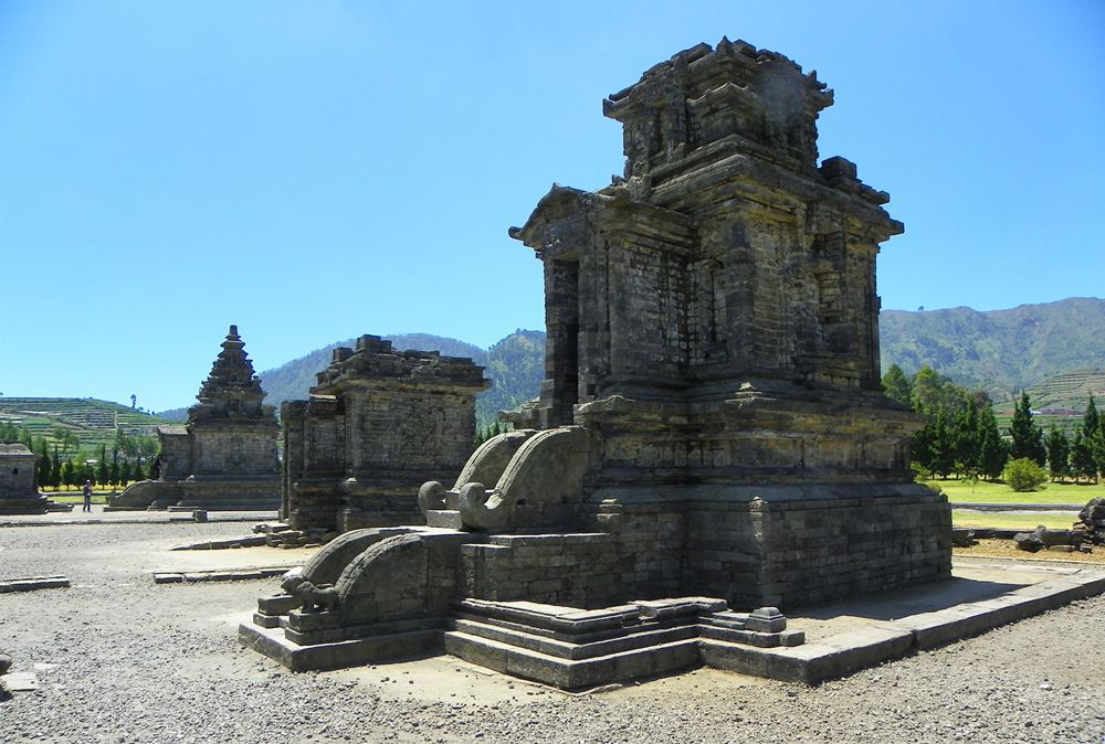 Borobudur & Plateau Dieng - Photo 9