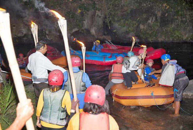 Night rafting & Starlight Dinner - Photo 1