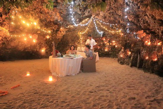 Romantic dinner in the private cave - Photo 2