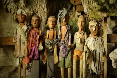 Tana Toraja - Land Of The Dead