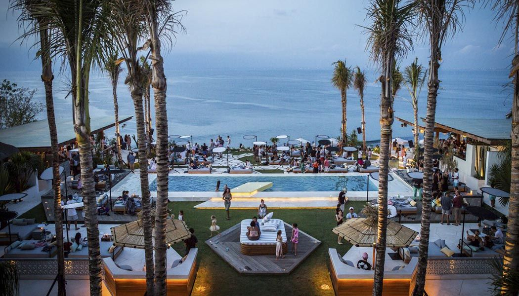 Best Beach Club & Top Cliff Bar - Photo 11