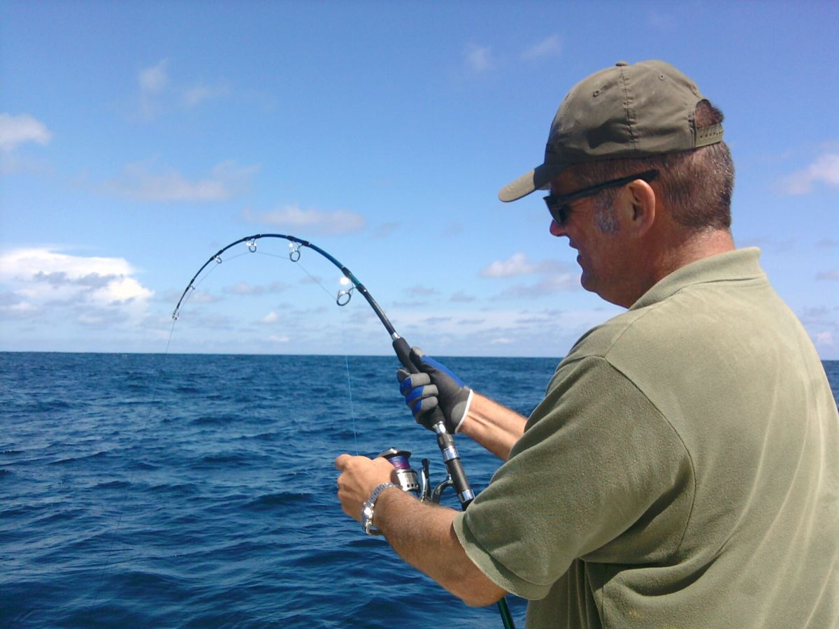 Ocean fishing - Photo 1